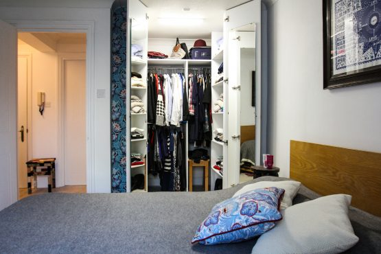 IMG 7102 ok 1 555x370 - St James Court, E2, Wardrobe & Kitchen